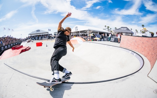 TAYLOR KIRBY AND FABIANA DELFINO ARE VICTORIOUS AT THE INAUGURAL VANS SHOWDOWN